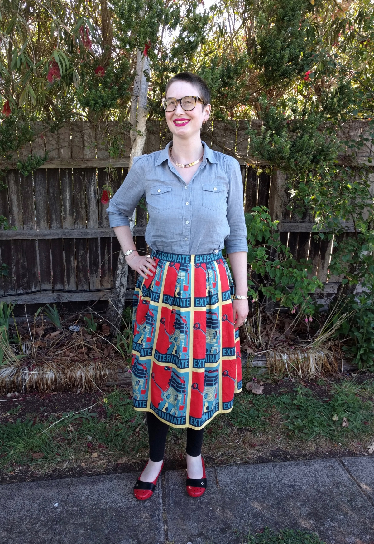 The Dalek Outfit Reviewed – Burda Emily Shirt & Box Pleated Skirt